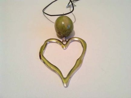 Extra large hollow heart necklace